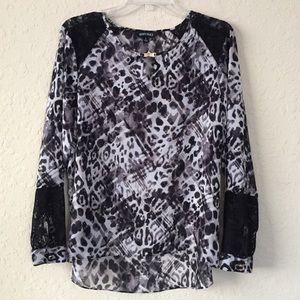 Ellen Tracy black and white blouse size L